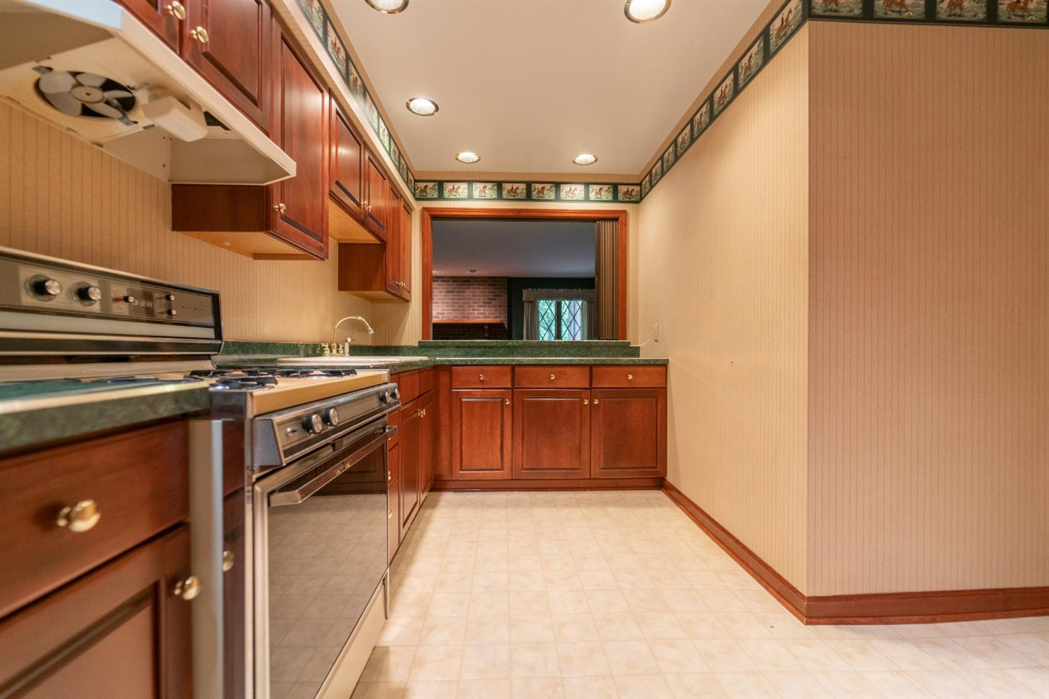 1758  Clifty Creek Court -42