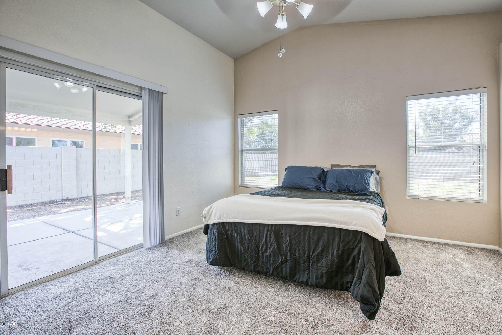 2335 E BROWNING  -13