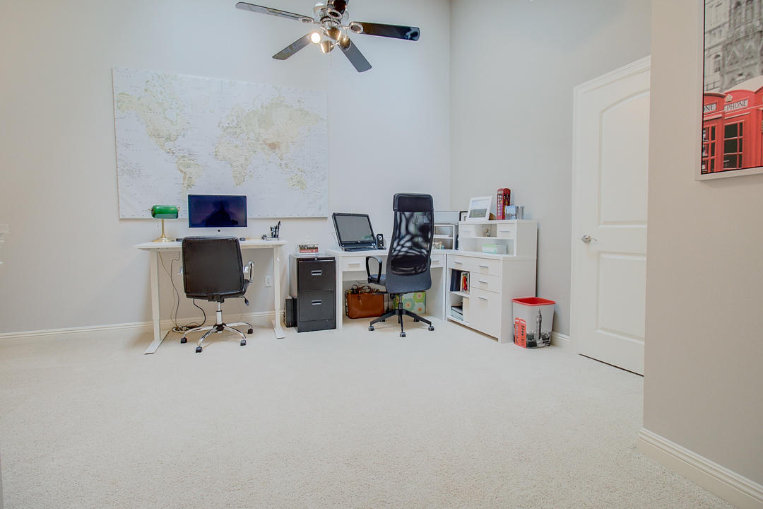 2540 W Colonial Woods Dr -23