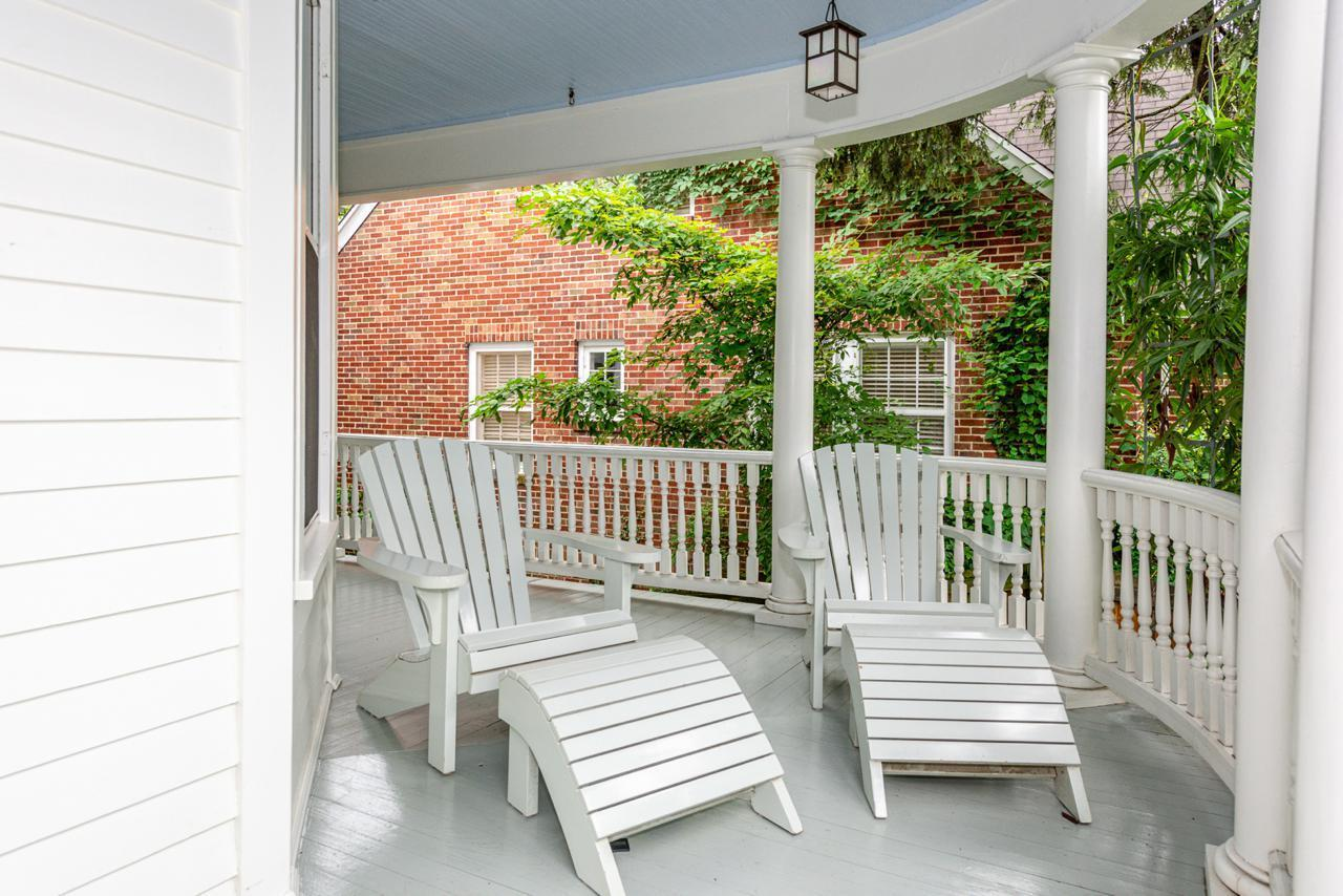 1404  Armstrong Ave-4